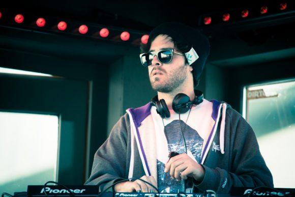 DJ at Pano Bar - Vincent Fernandez